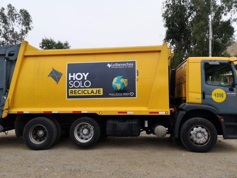 camion de reciclaje lo barnechea